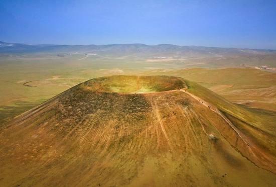 乌兰哈达火山