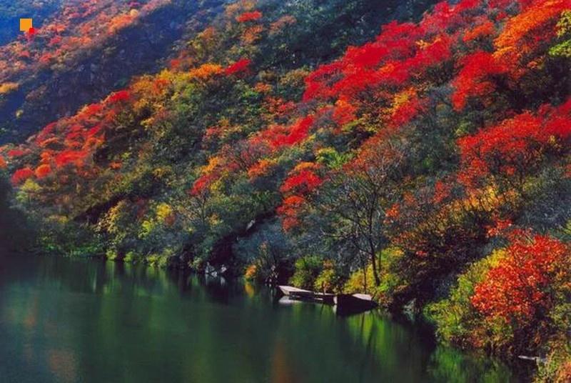 双龙峡红叶一日游